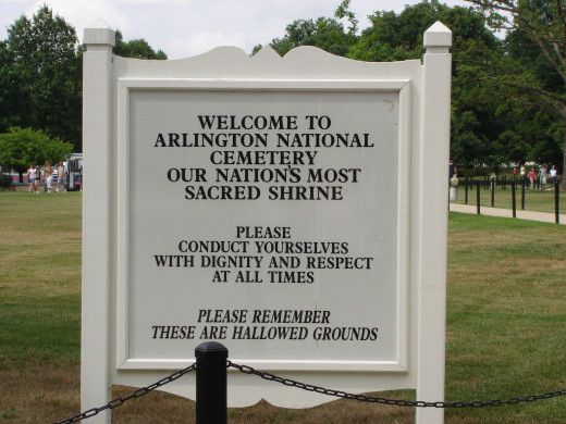 The entrance to Arlington National Cemetery.