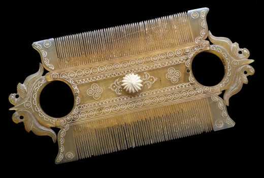This head lice comb dates from the 1700s.