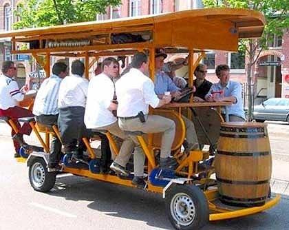Beer Bike Tour in Berlin