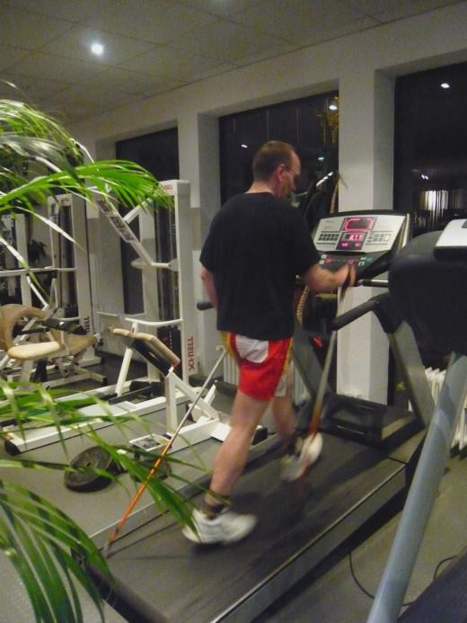 Treadmill walking  IS BORING