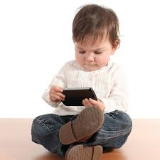 There is a huge debate whether toddlers should use smartphones or gadgets