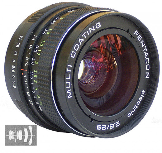 """Pentacon electric f2,8 29mm MC lens"" by alf sigaro - originally posted to Flickr as Pentacon electric 2,8/29 MC. Licensed under CC BY-SA 2.0 via Wikimedia Commons - https://commons.wikimedia.org/wiki/File:Pentacon_electric_f2,8_29mm_MC_lens.jpg#/med"