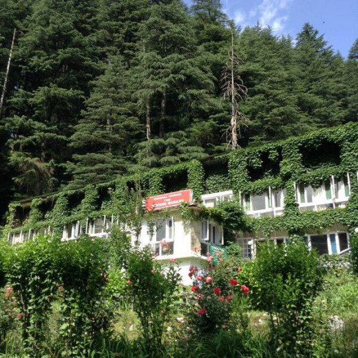 Our Hotel - 'The Rohtang Manalsu'