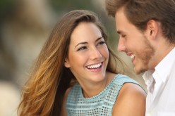 How To Approach a Girl And Create Attraction