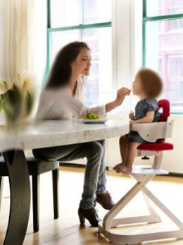 With Svan Highchair make infant's mealtime a fun