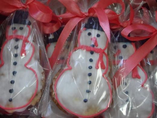 Snowman cookie ornaments