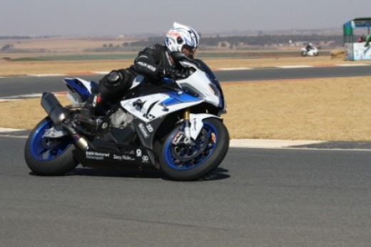 BMW S1000RR running the soft Bridgestones. Very good looking bike.