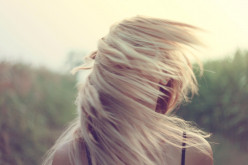 How to Get Blonde Hair at Home Using Bleach