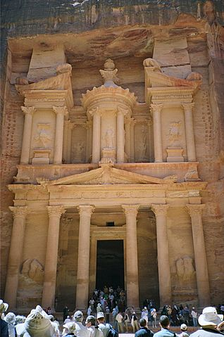 Another Picture of 'The Treasury', Petra