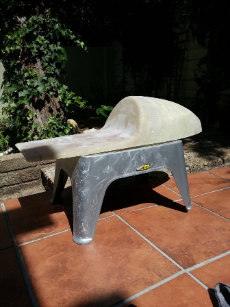 Seat cowl in the sun to harden