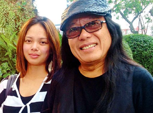 Freddie Aguilar, with wife Jovie Gatdula Albao, said Ivler had showbiz experience and was an American soldier in Iraq.