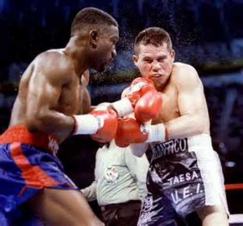 Pernell Whitaker dominated J.C. Chavez but had to settle for a bogus draw.
