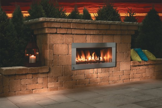 Step by step guide to building an outdoor fireplace or for How to build a small outdoor fireplace