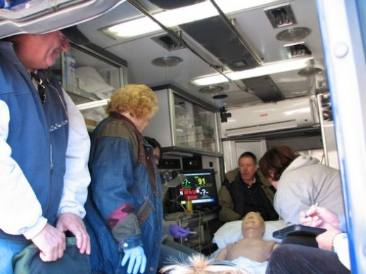 Pine/Featherville Ambulance meets Sim Man. Image from personal collection.