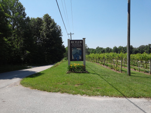 Butler Winery sign welcoming guests to the vineyards and sampling room.