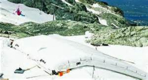 The Katal Innovations Landing Pad helps prevent skiing accidents.