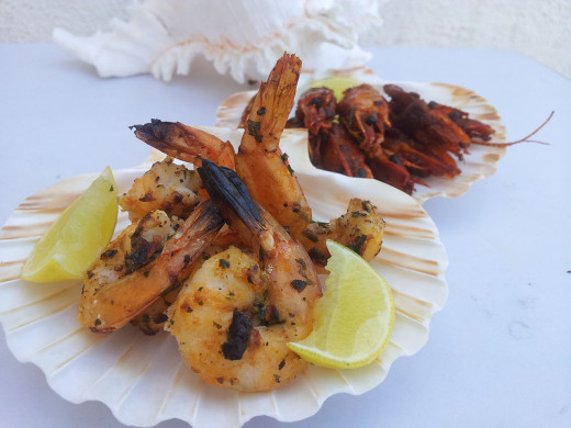 Grilling and barbecuing is the best way to prepare shrimp entrees and small meal dishes.