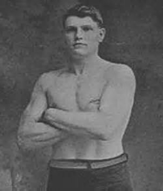Al Palzer was a contender in the heavyweight division in the early 1900's.