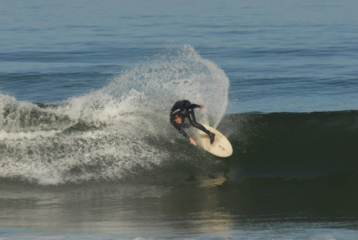 "Larry, cutback at ""the beach"""
