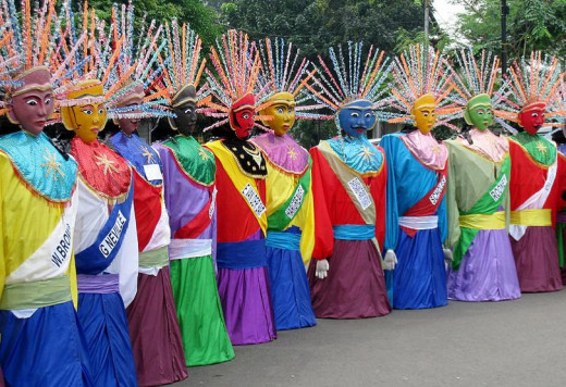 Ondel-ondel (a form of folk performance) is originated from Betawi and is often performed in festivals.
