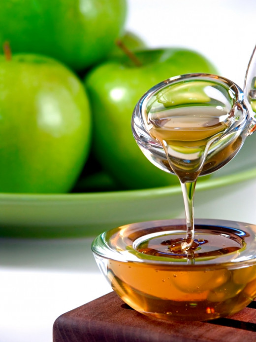 Honey, one of natural skin treatment product