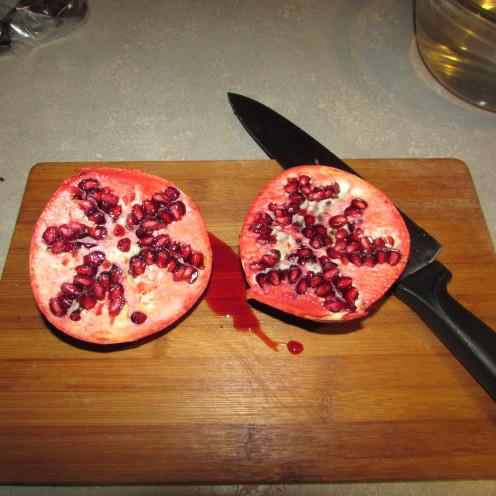 how to use pomegranate peel
