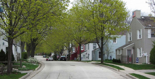Greendale Historic District with backward houses.