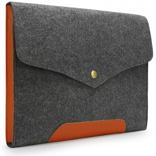 "This fashionable bag uses a vintage design to look and feel great.  Made from high quality felt and PU leather, the specifically designed to be a perfect fit for the 13-13.3"" MacBook.  A magnetic button provides safe and secure closure."