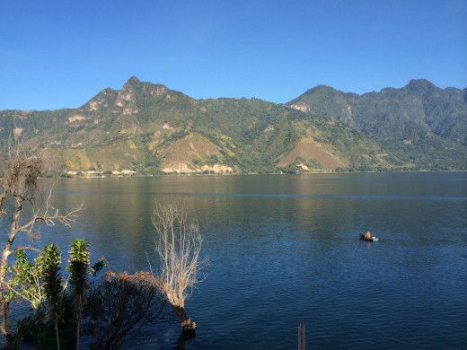 Canoe ride in the rippling waters of Lake Atitlán, with the wind as your guide, under the watchful eyes of the volcanoes.