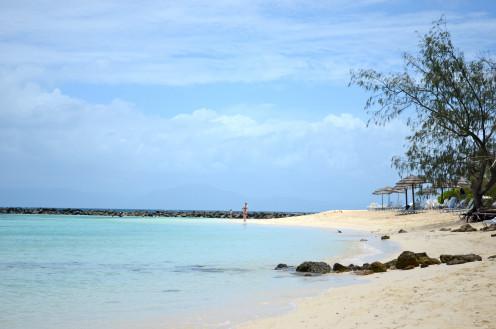 The idyllic beach of Amedee Lighthouse (c) A. Harrison