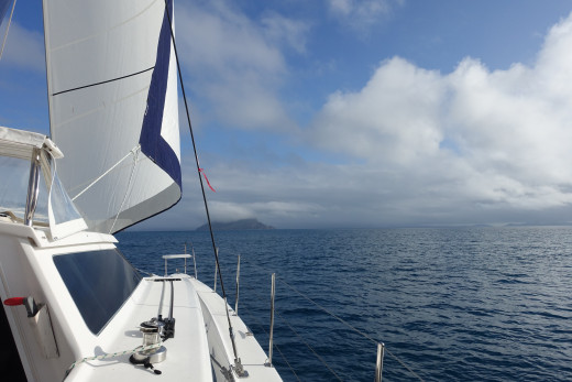 Sailing north in a gentle 10 knot breeze