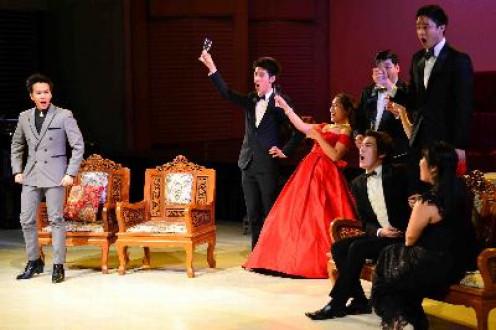 Opera company in actiion.
