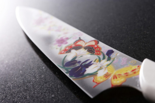 Ceramic knives can sometimes be decorated with a variety of colorful patterns