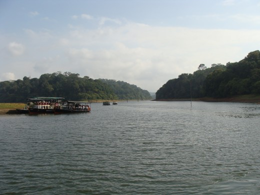 Lake in Thekkady where Boating is allowed