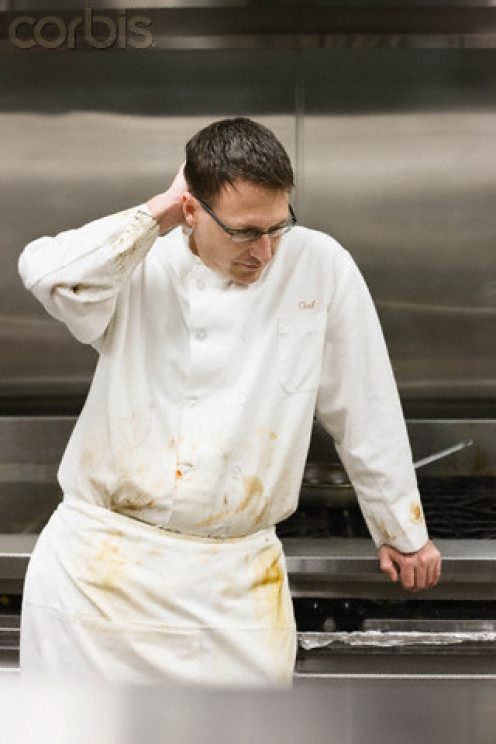 When you notice that the chef's uniform is dirty, can you expect any difference in the restaurant's interior?
