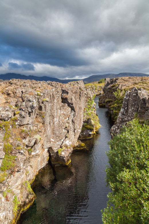 Flosagjá canyon, a continental rift between the tectonic plates (North American and Eurasian).