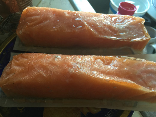 Thawing salmon fillets