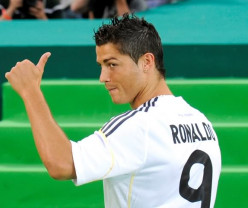 Could Cristiano Ronaldo be Real number 9?