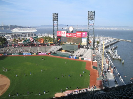 HOME OF THE SAN FRANCISCO GIANTS: AT&T PARK