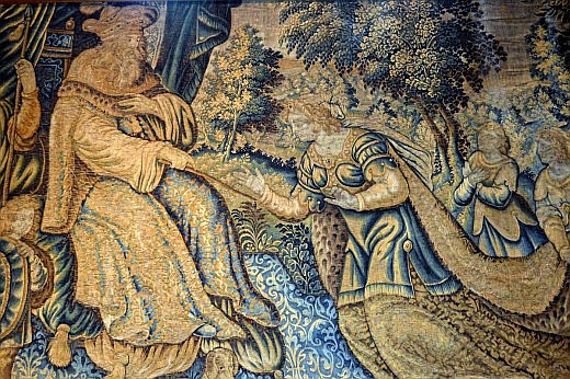 The tapestry inside the Hall of Vicar's Choral, showing King Solomon with the Queen of Sheba, contains intentional errors to remind people that only God can create perfection.