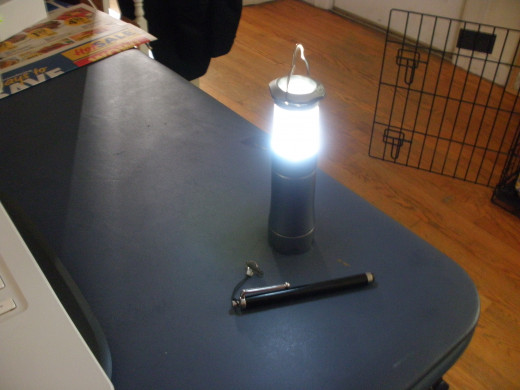 Flashlight that has a built in lantern style cover to convert from a standard beam flashlight to a lantern to light up a room.