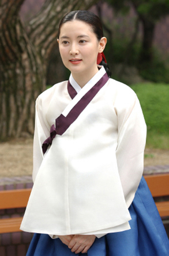 The Great Jang Geum (대장금) of the Korean drama 'Jewel in the Palace' played by actress Lee Young Ae