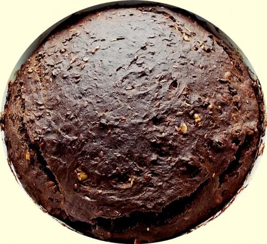 finished item: vegan banana chocolate cake