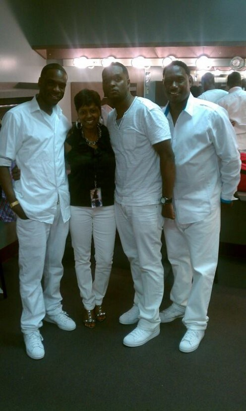 R&B group SILK stopped by to talk with Freda on the show.