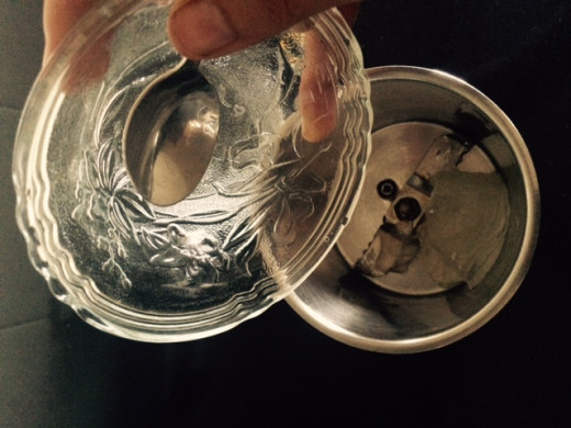 Add Aloe vera gel in mixing jar.