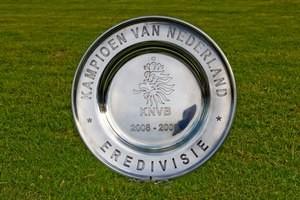 The Schaal / Eredivisie trophy.