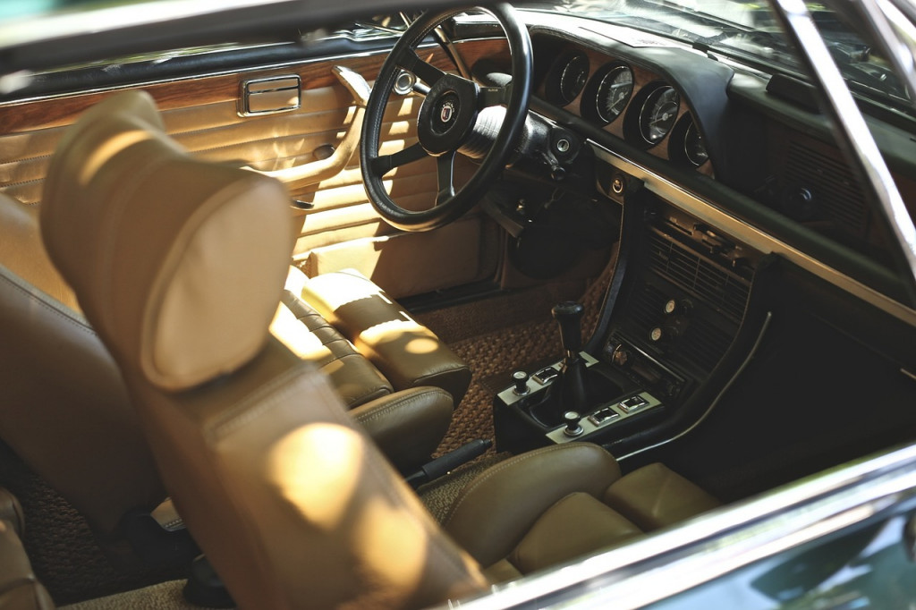 How To Make Your Car Look Better And More Comfortable For Ride - Cool cars inside