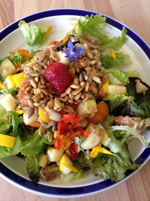 A 15-minute salad using fresh fruit, seeds and greens
