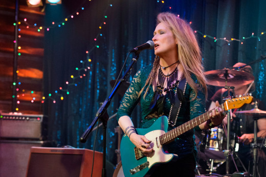 Meryl Streep shows off her musical chops in a live performance in Ricki and the Flash