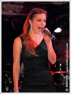 Kristiana performing at the famous Parisian cabaret Trois Mailletz